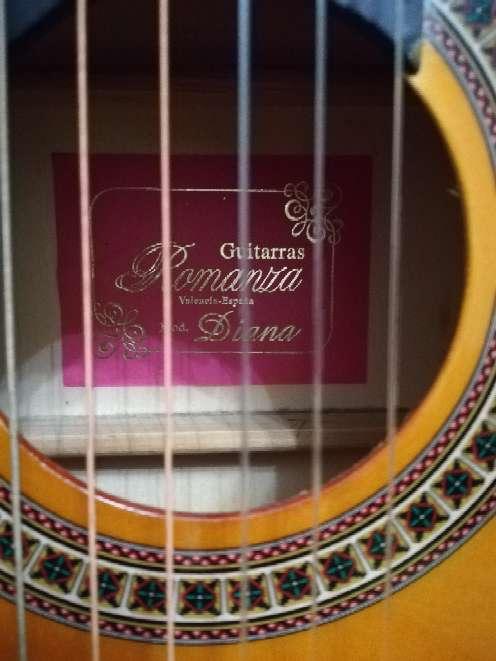 Imagen producto Guitarra española 3