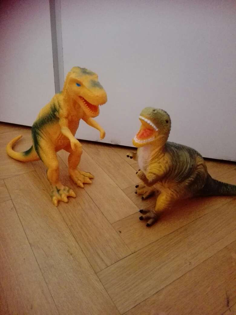 Imagen juguetes dinosaurios