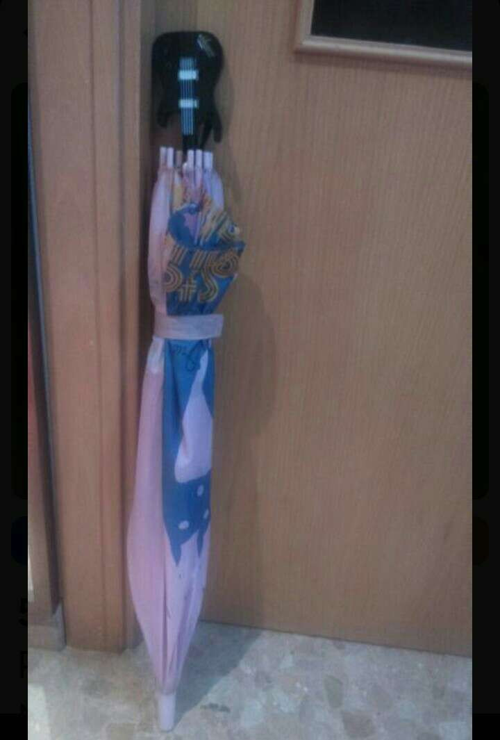 Imagen Paraguas niña de Hannah Montana