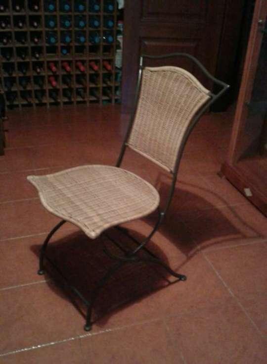 Imagen producto Mesa Teka con sillas de forja 2
