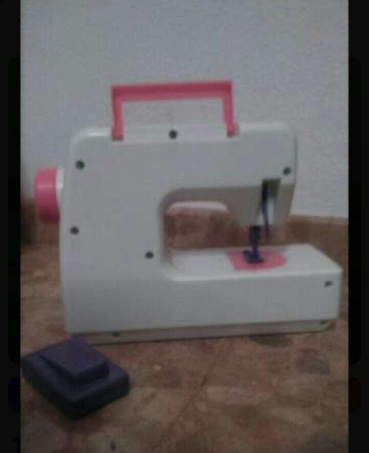 Imagen producto Máquina de coser niña 2