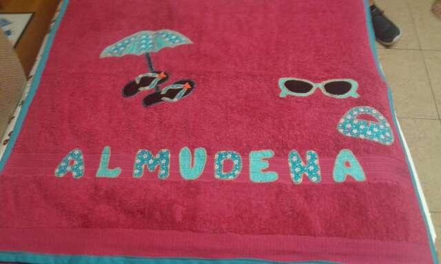 Imagen Se hacen toallas personalizadas con nombres o lo que quieran