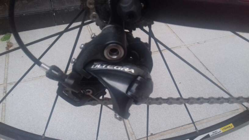 Imagen producto Bicicleta carretera Capsule Epsilon nueva a estrenar 2