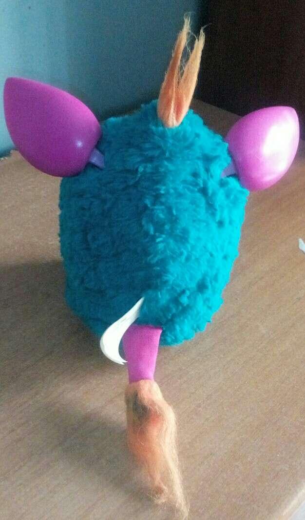 Imagen producto Furby azul (P.negociable) 3