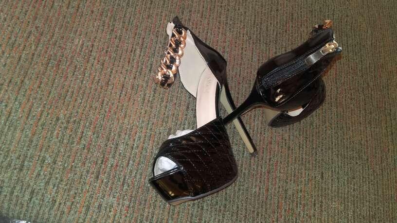 Imagen producto Zapatos nuevos de tacon talla 38 3