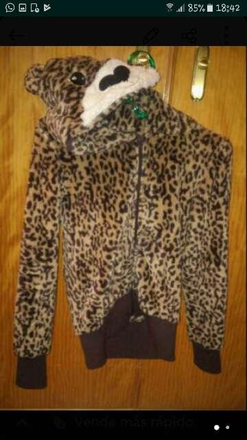 Imagen chaqueton leopardo