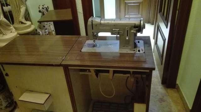 Imagen producto Maquina de coser WERTHEIM 2