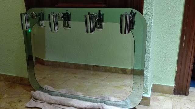 Imagen espejo de baño como nuevo poco uso