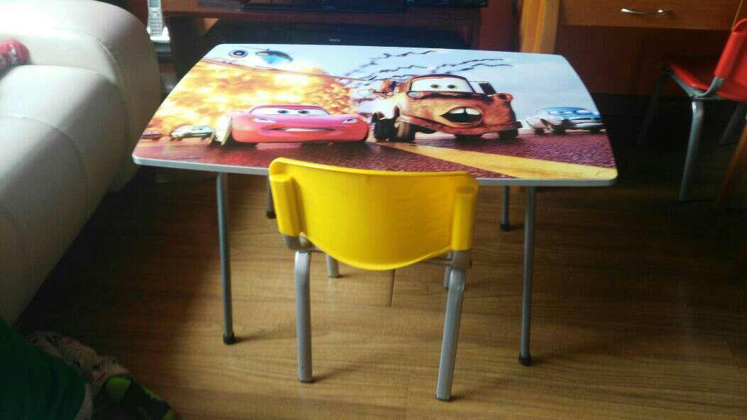 Imagen mesa para niños