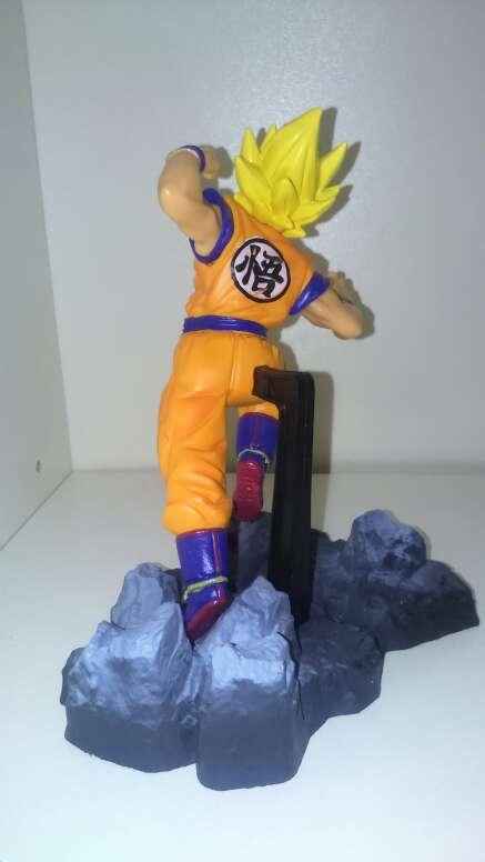 Imagen producto Figuras dragon ball z goku super saiyan 13 cm 3