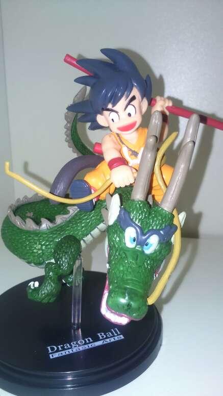 Imagen figuras dragon ball z goku y shenron