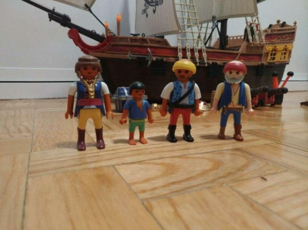 Imagen producto Barco pirata de Playmobil 4
