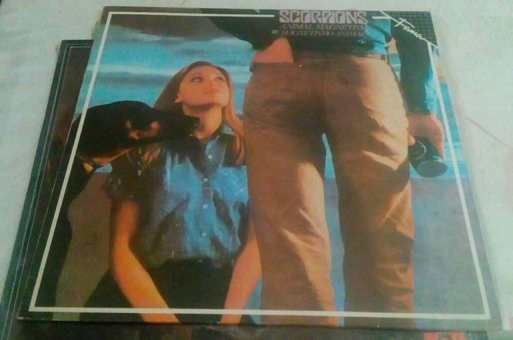 Imagen discos de vinilo de rock y pop