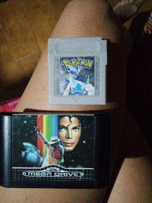 Imagen juego megadrive y juego game boy