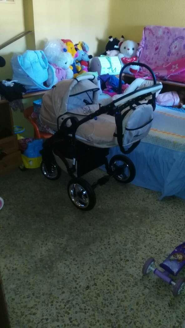 Imagen producto Carro bebé uso d seis meses  3