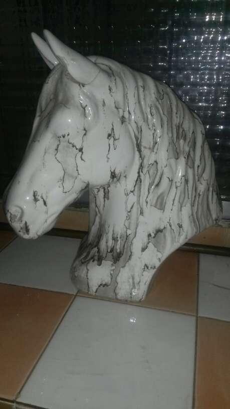 Imagen caballo de cerámica