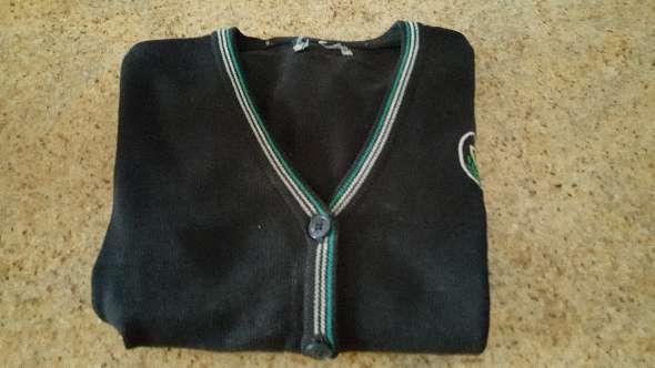 Imagen producto Vendo 2 jerseys y una chaqueta de uniforme de pureza de maria  2