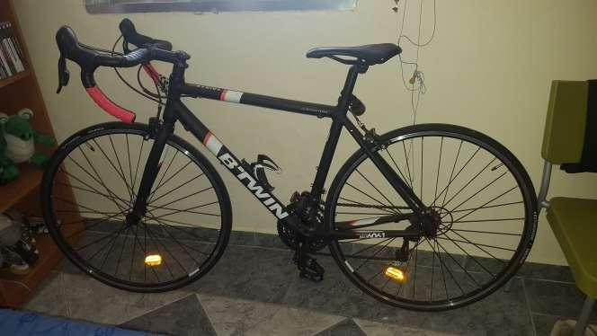 Imagen bici bicicleta carretera triban 500