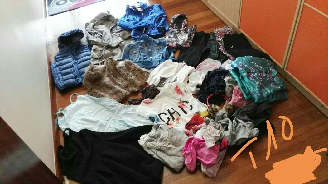 Imagen producto Mucha ropa niña 3
