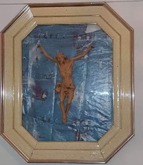Imagen cristo en cuadro octogonal