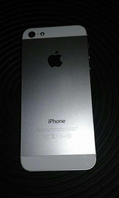 Imagen iphone 5 lo cambio o lo vendo