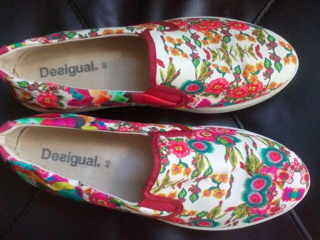 Imagen producto Zapatos de mujer desigual Talla 40 2