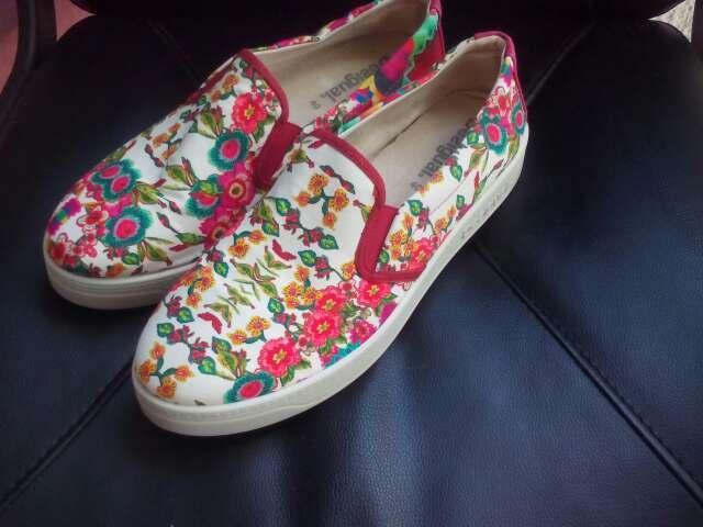 Imagen producto Zapatos de mujer desigual Talla 40 3