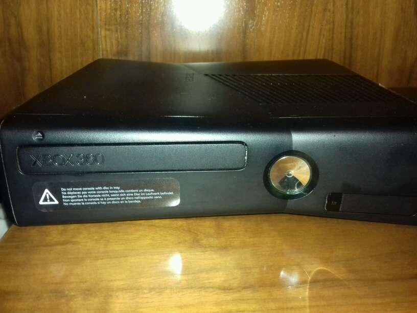 Imagen producto Xbox 360 y 4 juegos  2