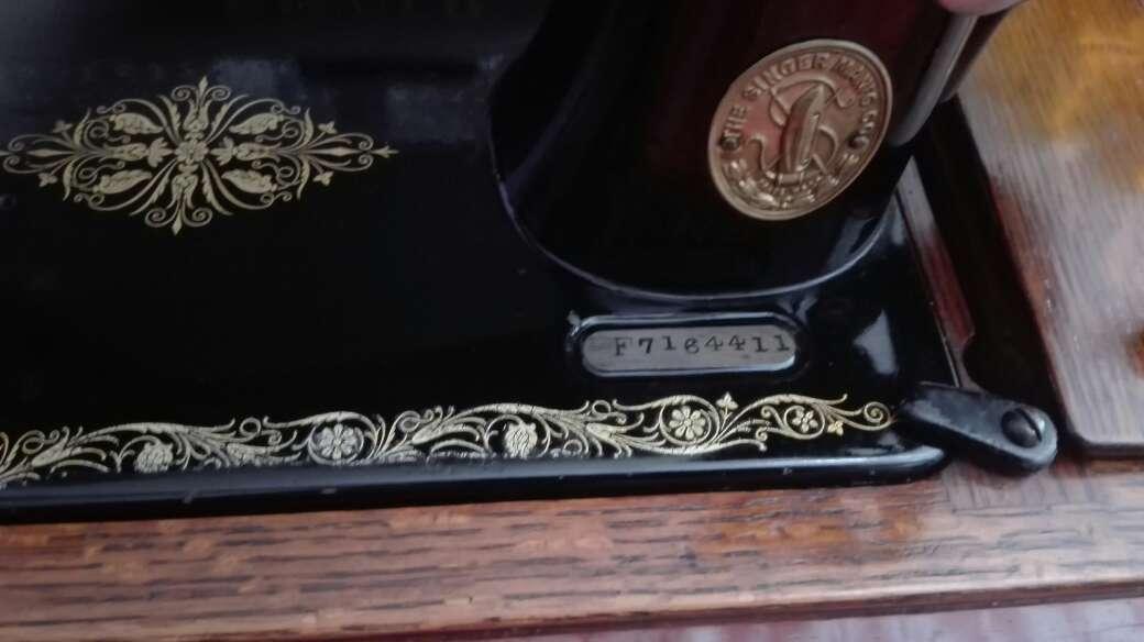 Imagen producto Máquina de coser SINGER 1916 2