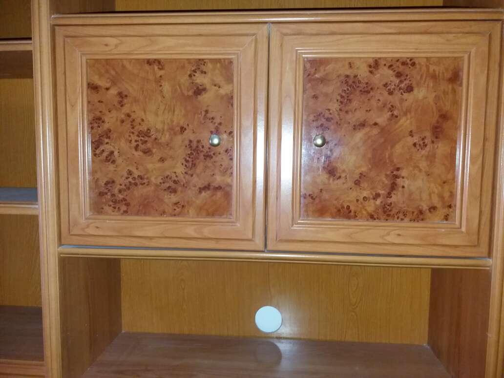 Imagen producto Mueble salon 3,70m. chapa de madera natural. 400€. Se encuentra en Xeraco (Valencia)  3