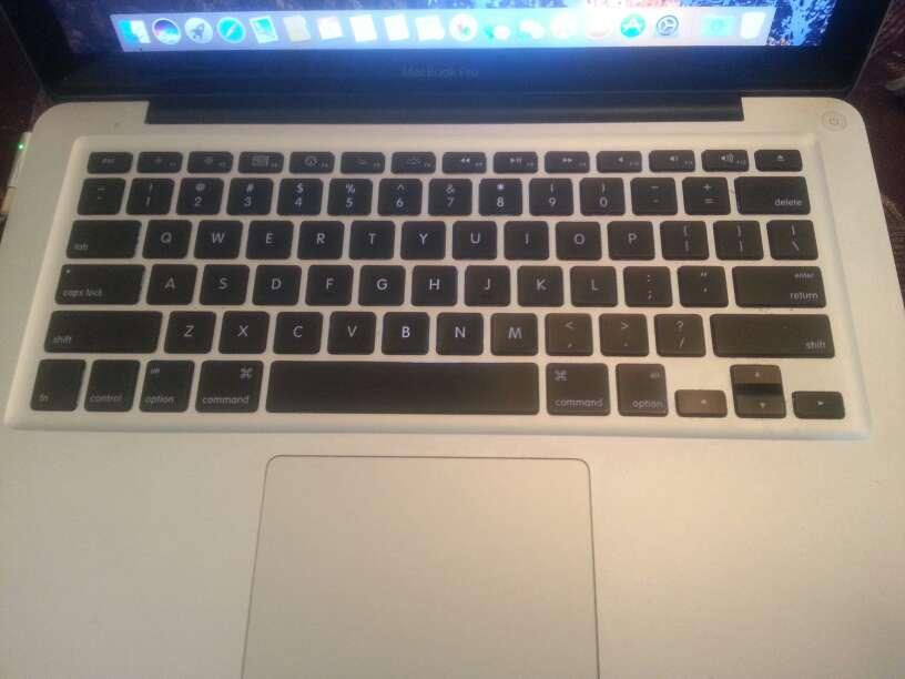 Imagen macbook pro 13.. 2010