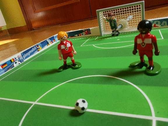 Imagen producto Playmobil Set de Fútbol Maletín 3