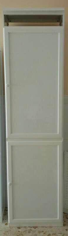 Imagen mueble calentador y bombona de aluminio