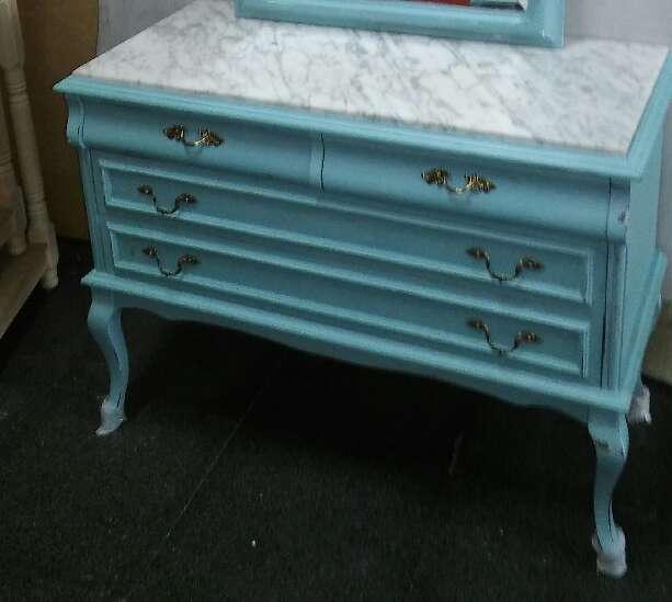 Imagen producto Cómoda Vintage azul turquesa  1