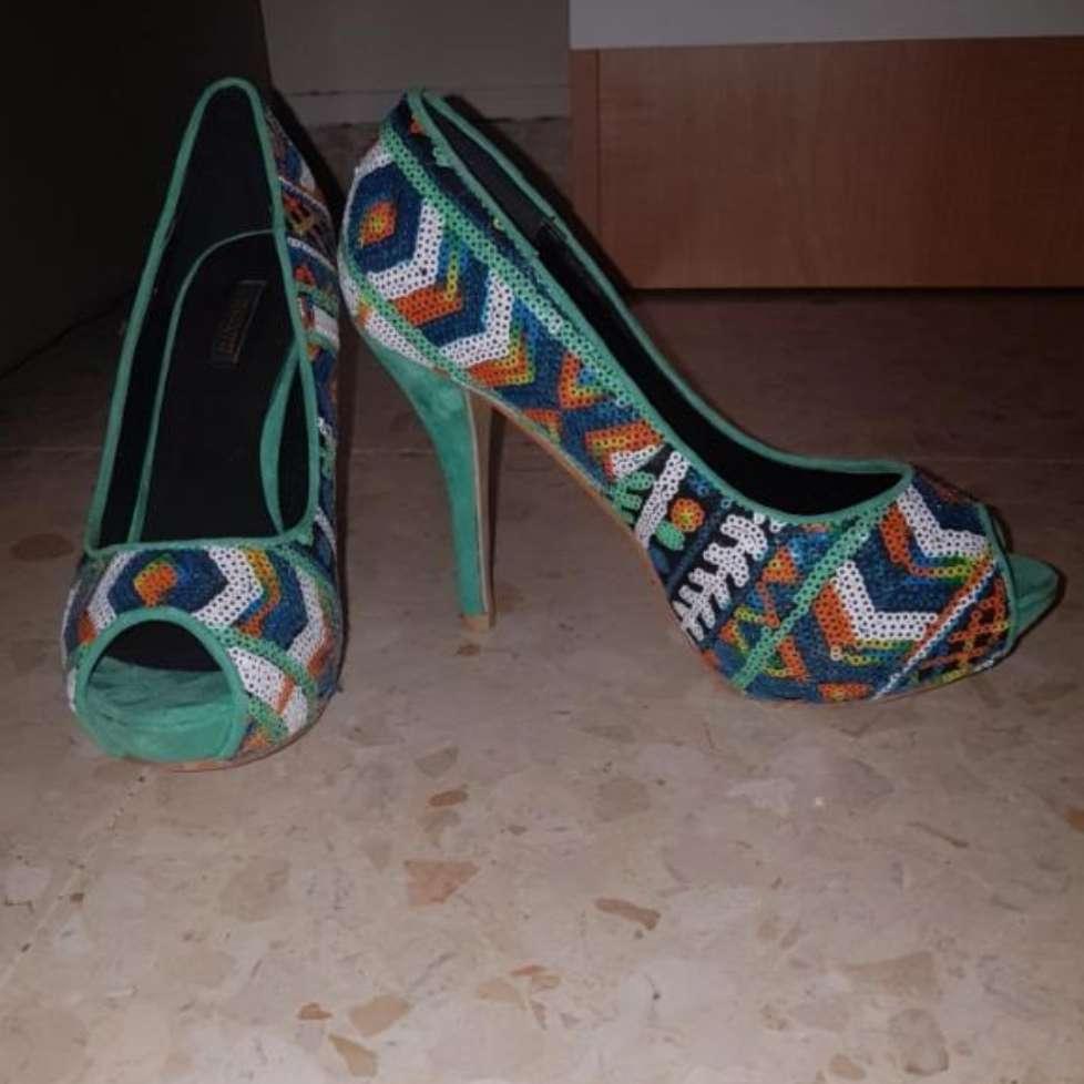 Imagen zapatos nuevos a estrenar