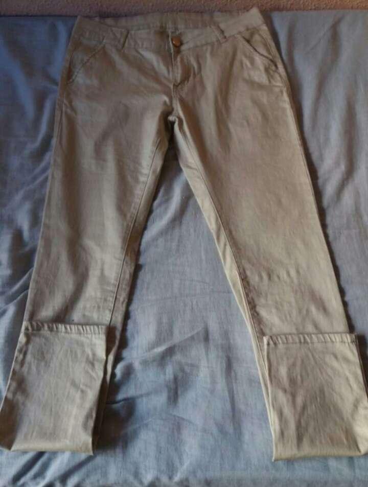 Imagen producto Pantalón Beige 2