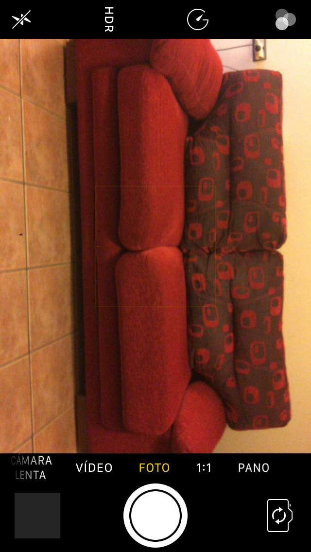 Imagen producto Sofás rojos semi-nuevos 2