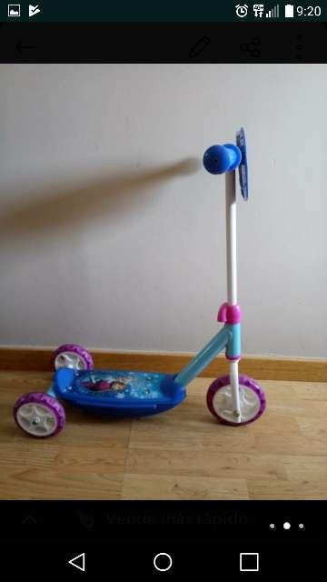 Imagen producto Patinete infantil Frozen 2