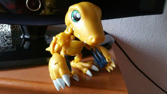 Imagen producto Digimon Agumon WarGraymon 2