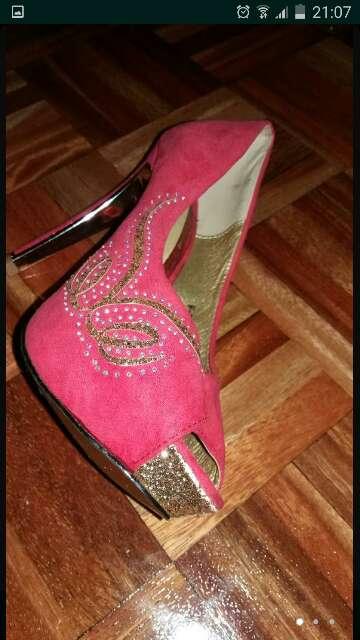 Imagen zapatos 37