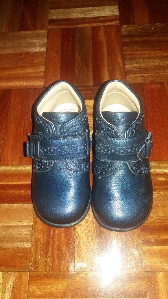Imagen zapato chicco 23