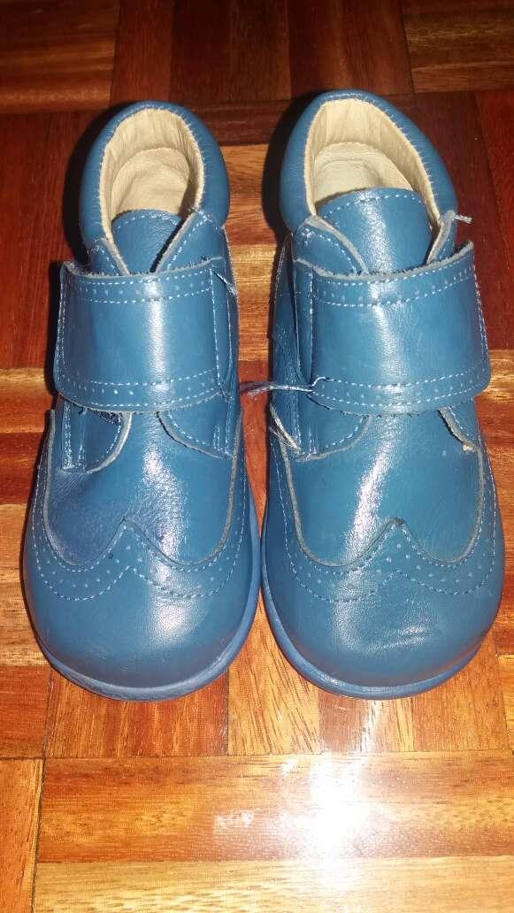 Imagen zapato niño 22