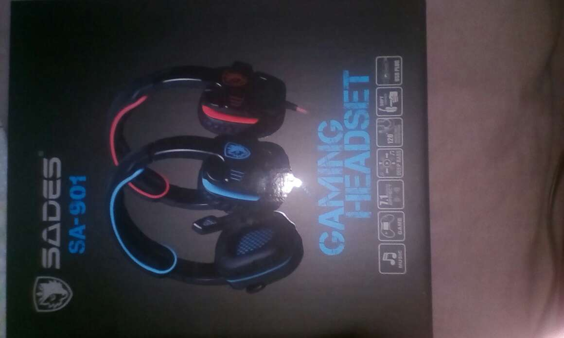 Imagen producto Auriculares Gaming Con Micrófono Nuevos Y Sin Usar 1