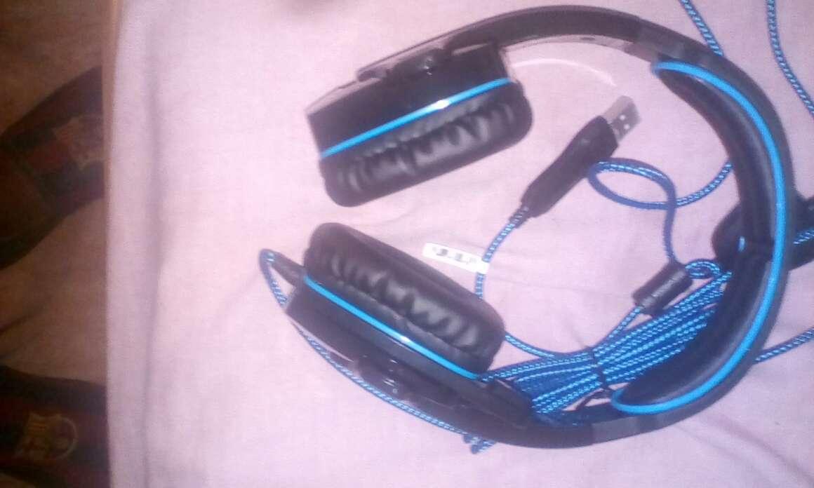 Imagen producto Auriculares Gaming Con Micrófono Nuevos Y Sin Usar 2