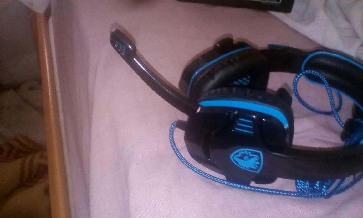 Imagen producto Auriculares Gaming Con Micrófono Nuevos Y Sin Usar 3