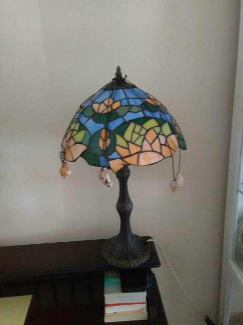Imagen lampara de mesa,rincon