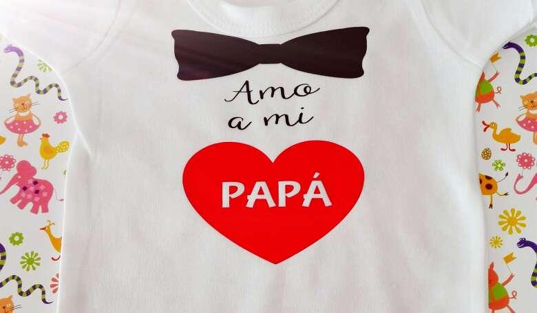 Imagen Bodies personalizados Pajarita Corazón