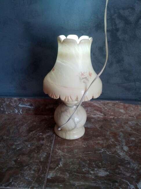 Imagen producto Lámpara toda de marmol 2