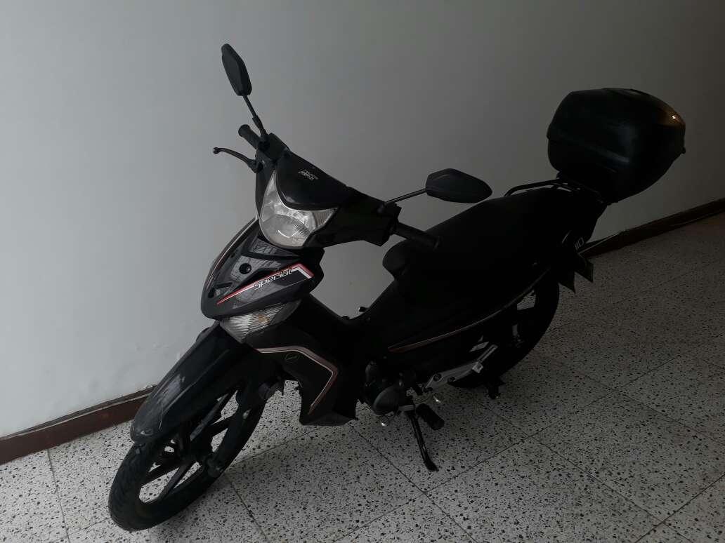 Imagen producto Vendo moto Akt 110  5
