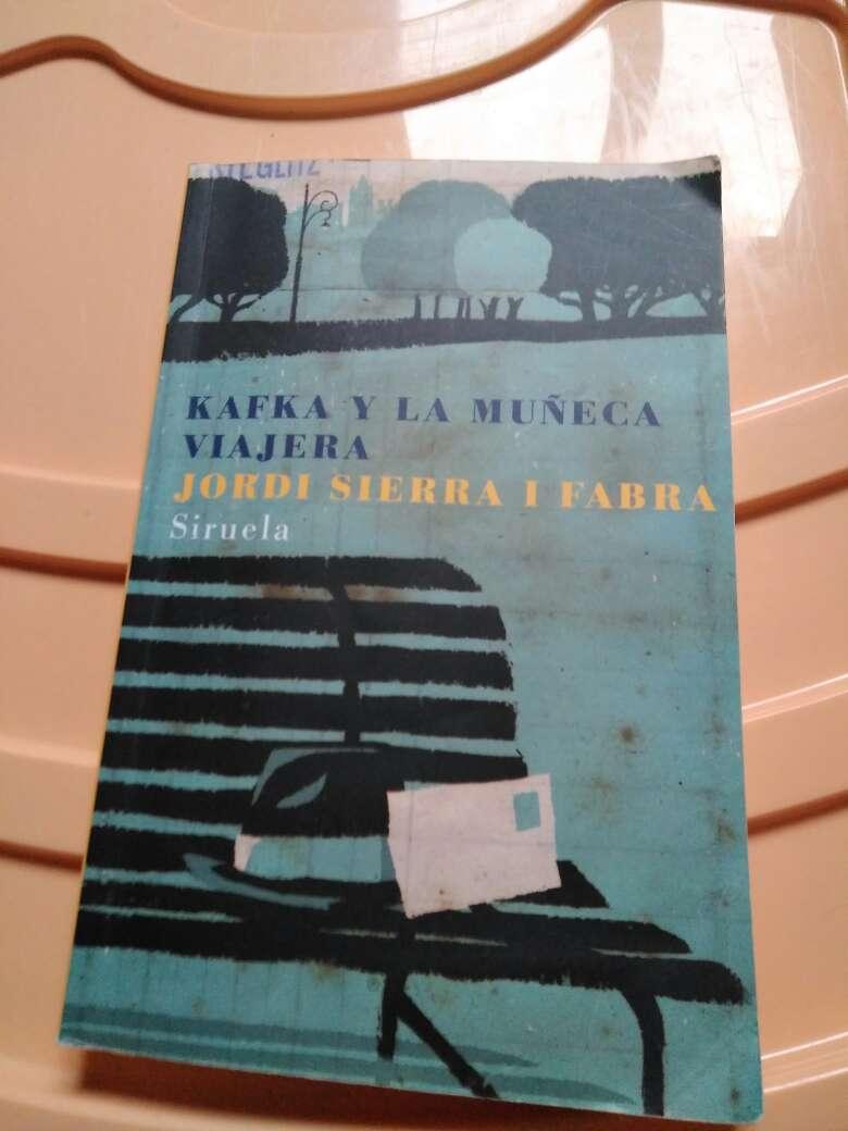 Imagen Kafka y la muñeca viajera